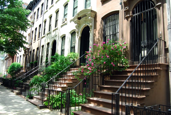 the upper east side stretches from 59th street to 96th street many realtors used the term upper east side instead of east harlem to define areas that - Upper East Side Apartments